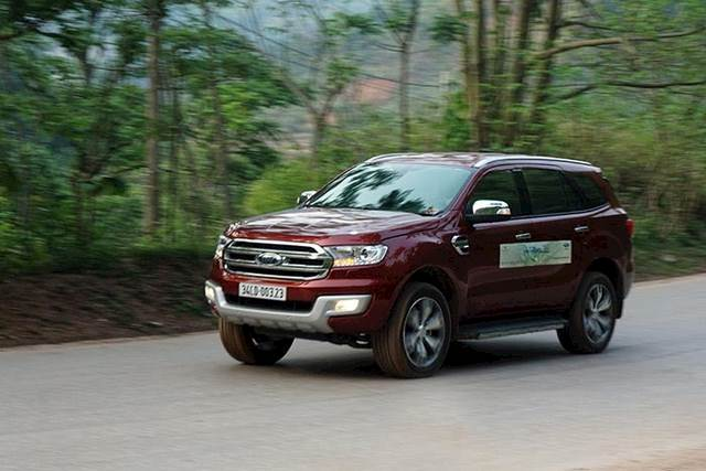 ford-everest-2016-va-nhung-thay-oi-ang-gia