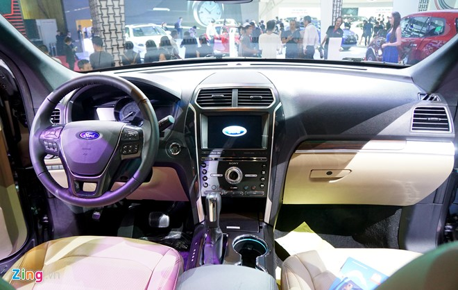 07-chi-tiet-ford-explorer-2017-tai-vn-manh-me-dam-chat-my