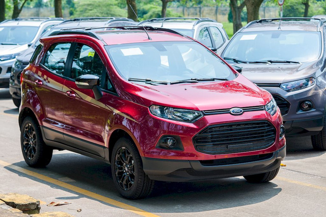 ford-ecosport-black-edition-moi-ve-viet-nam-co-gi-dac-biet-1