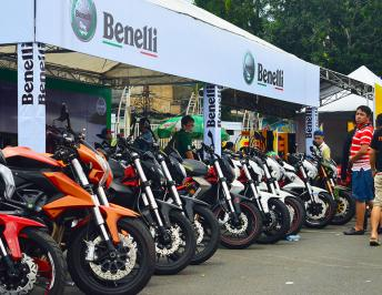 Jubilantly opening the festival of Benelli Vietnam motorcycles